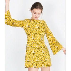 Zara yellow Flora bell sleeves mini dress size M